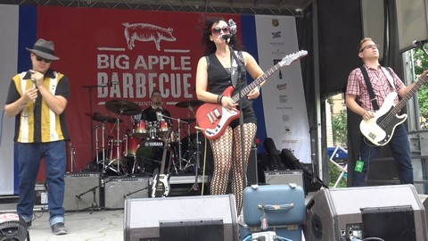 Erin Harpe & The Delta Swingers at the Big Apple BBQ