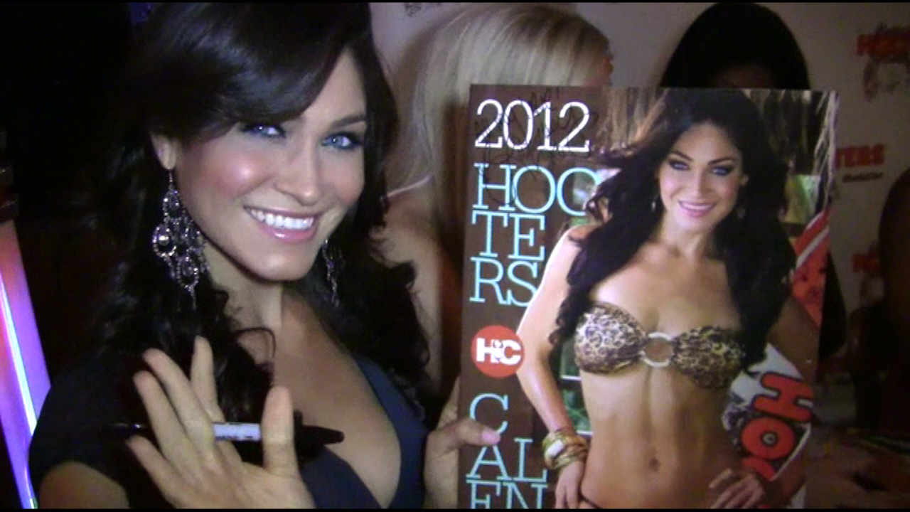 26th Annual Calendar Launch - Hooters