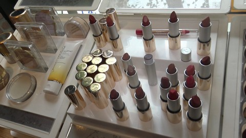 Jane Iredale Luxe Clean Beauty Launches