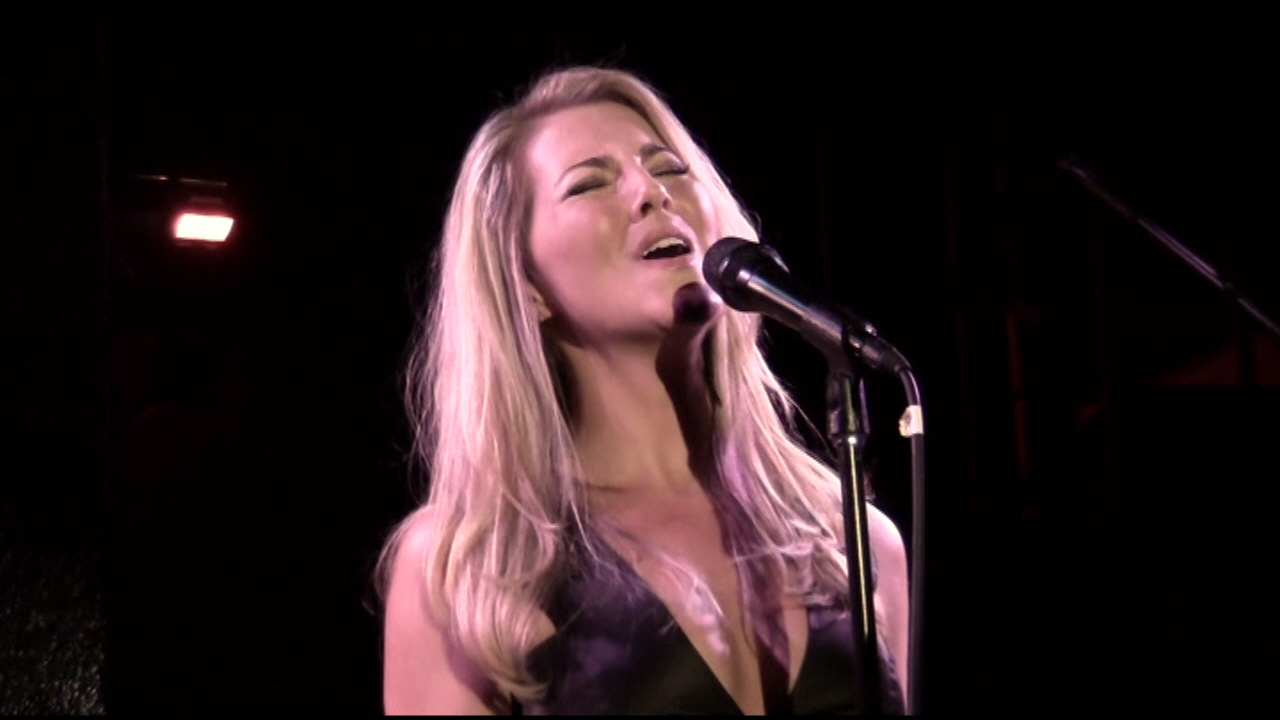 MORGAN JAMES - Morgan James Live at Dominon