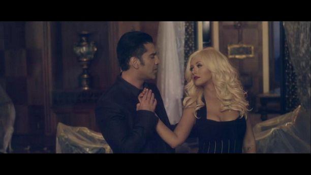 Alejandro Fernandez & Christina Aguilera - Hoy Tengo Ganas De Ti