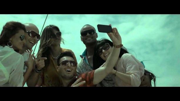 Shaggy Feat. Mohombi, Faydee & Costi - Habibi