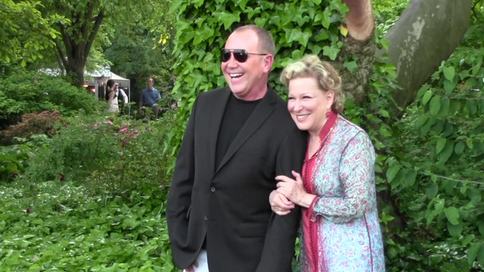 SPRING PICNIC AT GRACIE MANSION - BETTE MIDLER'S 12TH ANNUAL