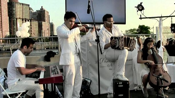 JP Jofre band and Angela McCluskey - Dîner en Blanc NYC 2015