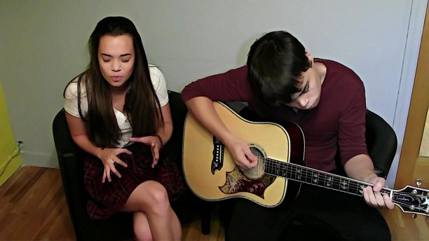 Acoustic Session - Jocelyn and Chris Arndt