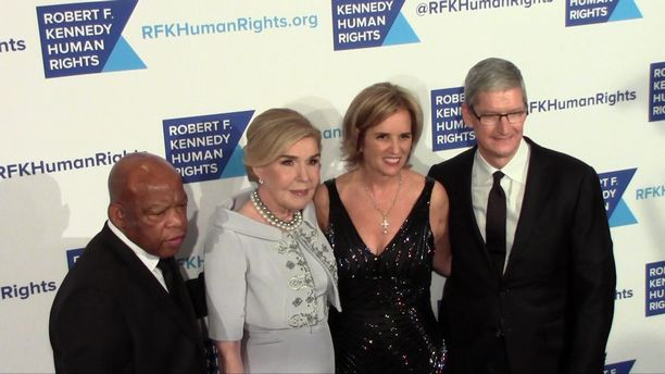 Apple CEO Tim Cook and Kerry Kennedy - 2015 Ripple of Hope Gala