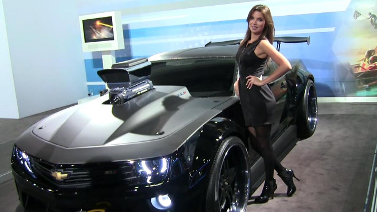 2013 New York International Auto Show - Angie Carrasco