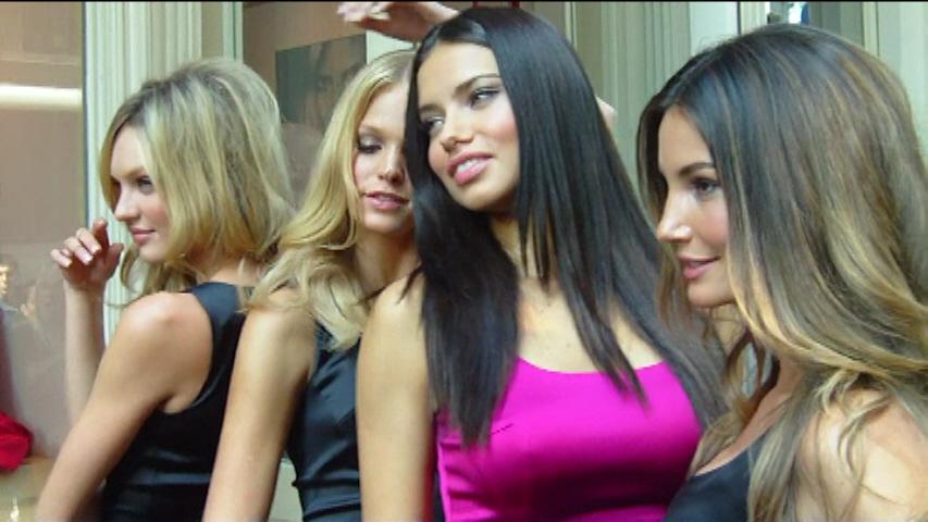2011 - Victoria's Secret Fashion Show