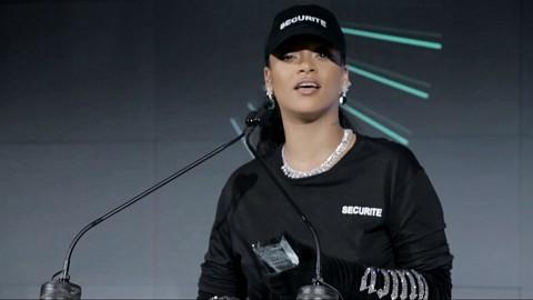 Fenty Creeper by Rihanna, Shoe of the Year Award